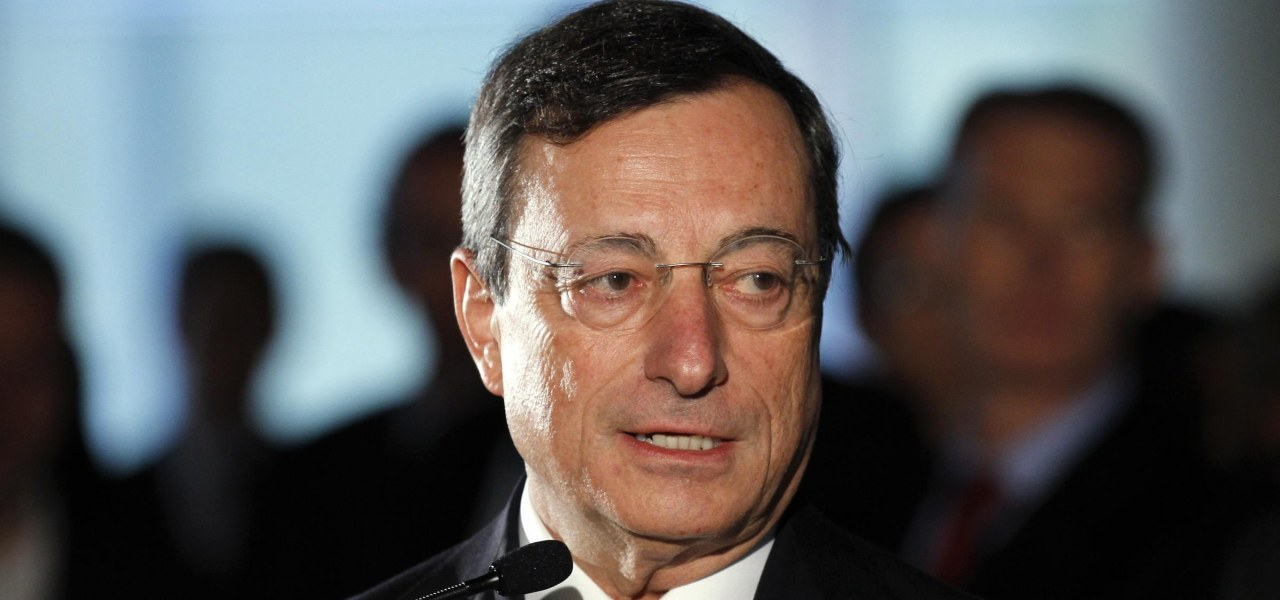 Draghi debutta al vertice Ue: accelerare su vaccini, no scuse per i gruppi farmaceutici