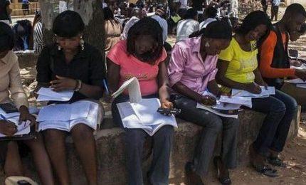 Nigeria, oltre 300 studentesse rapite di notte da una scuola
