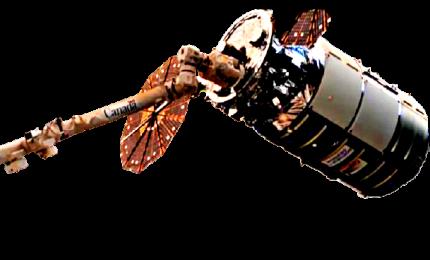 La navetta cargo Cygnus attraccata alla Stazione spaziale