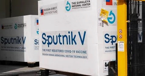 Vaccini anti Covid-19, Ema apre a Sputnik ma Ue mette mani avanti
