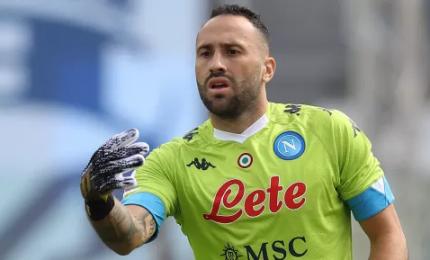Napoli, si infortuna Ospina. Juventus a rischio
