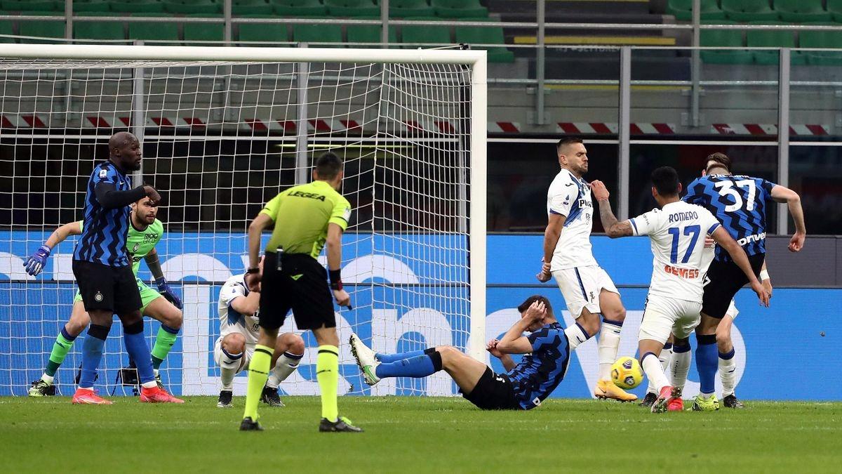 Inter-Atalanta 1-0, decide rete di Skriniar. Conte torna a +6