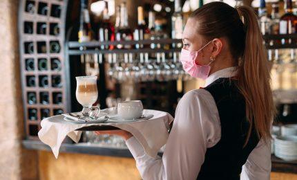 Fipe-Confcommercio: persi 243.00 posti lavoro in bar e ristoranti