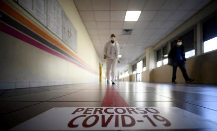 """Covid-19, Rezza: """"Normalità tra 7-15 mesi vaccinando 240 mila al mese"""""""