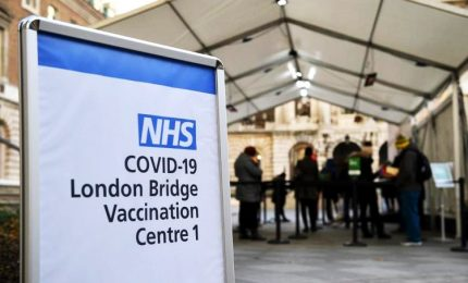 """Coronavirus, Regno Unito: """"Nuova ondata di contagi in autunno"""""""