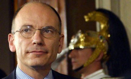 Letta acclamato segretario Pd, il partito-coalizione dell'ex premier