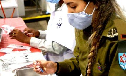 In Israele campagna vaccinale modello, ma il Covid torna a fare paura