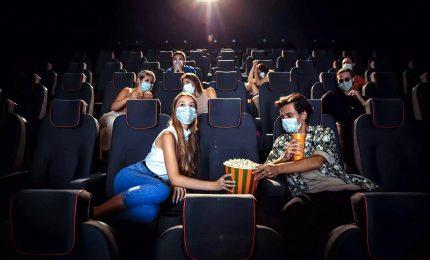 Riaprono i cinema, ma solo il 10%. Si punta sull'effetto Oscar