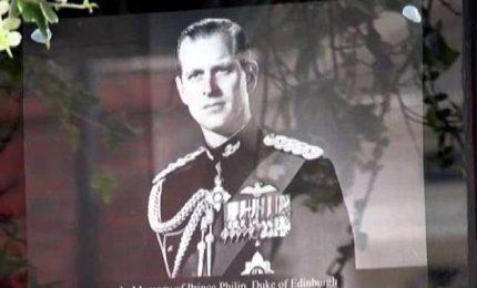 Londra, ultimi preparativi per il funerale del principe Filippo
