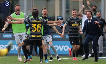 """Inter, gol """"scudetto"""" di Darmian. La Juve fa 1-1 a Firenze"""