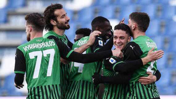 Genoa-Spezia 2-0, tre punti d'oro. Il Crotone batte il Parma