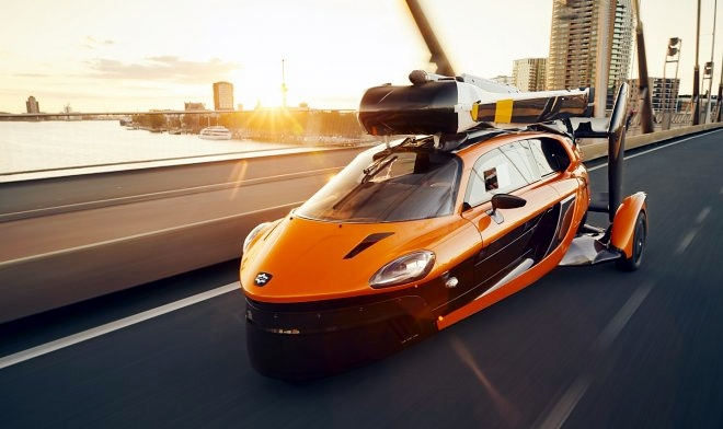 Giappone punta ad adottare auto volante in massa dal 2030
