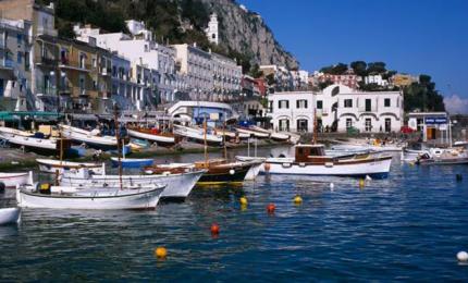Capri è ora Covid free. E il presidente De Luca va sull'isola