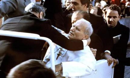 """""""Hanno sparato al Papa"""", 40 anni fa l'attentato a Wojtyla"""