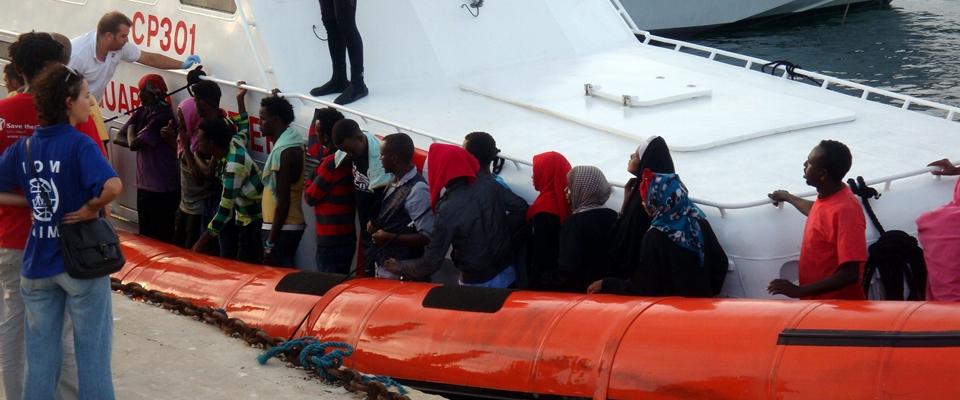 Almeno 70 migranti trasferiti da Lampedusa a Porto Empedocle