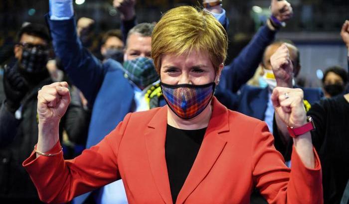 Snp trionfa in Scozia: pronto a sfida referendum indipendenza