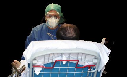 """Covid, """"19 mila malati di cancro non hanno seguito le terapie"""""""