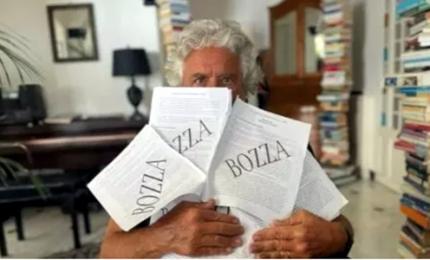 """M5s, Grillo """"affonda"""" Conte: """"Non ha visione, falso mito"""""""