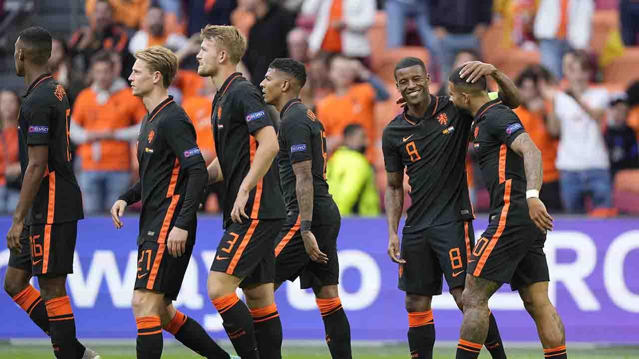 Macedonia-Olanda 0-3, Depay e doppietta di Wijnaldum