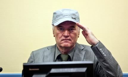 Strage di Srebrenica: respinto appello Mladic, confermato ergastolo