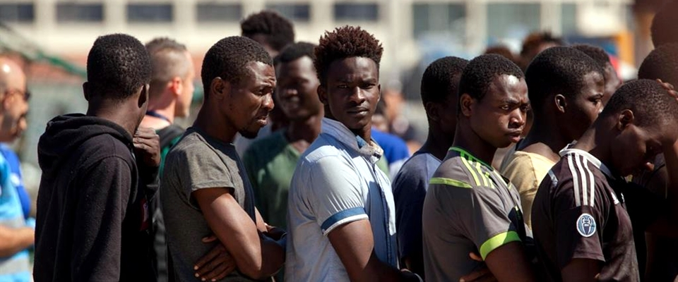 La Danimarca manda i richiedenti asilo fuori dall'Ue