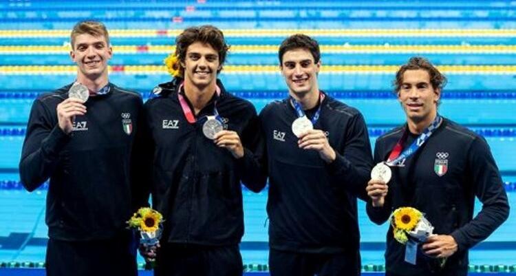 Tokyo 2020, nuoto: la staffetta 4×100 stile libero è nella storia (argento)