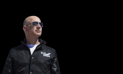 Jeff Bezos si è lanciato nello spazio a bordo di New Shephard