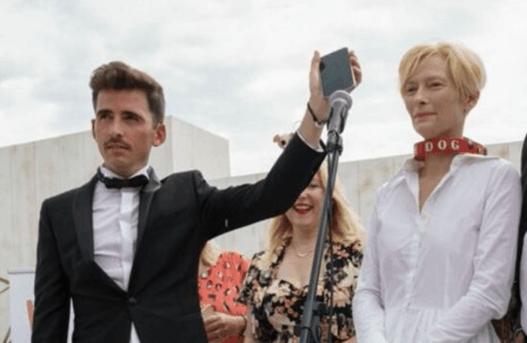 Cannes, i cani di Tilda Swinton vincono la Palm Dog