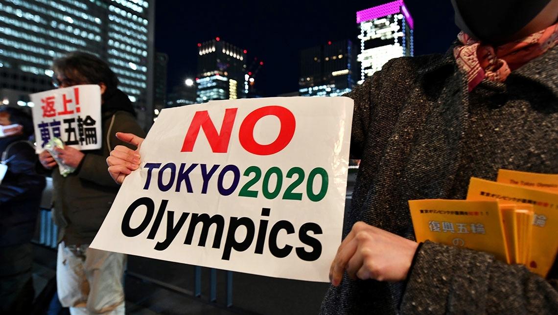 S'impenna il Covid a Tokyo: oltre 3mila contagi in 24 ore