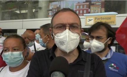 Whirlpool invia lettere di licenziamento, protesta dei dipendenti