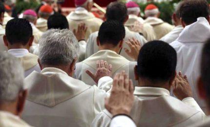 """Spagna, il Vaticano sconfessa associazione che """"cura"""" omosessuali"""