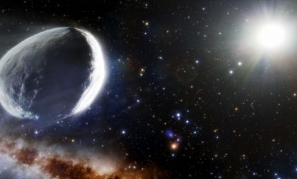 Una cometa gigante si sta avvicinando al Sole