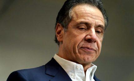 Il governatore Cuomo sotto accusa per molestie sessuali