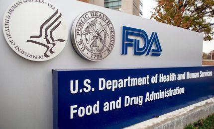 Negli Usa Pfizer ottiene l'autorizzazione definitiva. Pentagono: ora vaccino obbligatorio. Crisanti: finiti gli alibi
