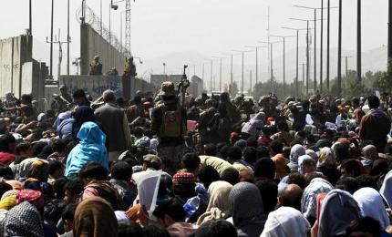 Ancora alta la tensione a Kabul, altri morti morte nella calca