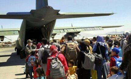 """L'ultimo volo dell'Italia da Kabul: """"Abbiamo fatto il massimo"""""""