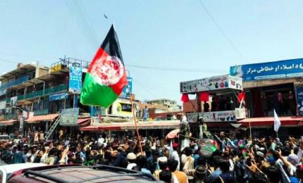 Afghanistan, il potere potrebbe essere assunto da un consiglio