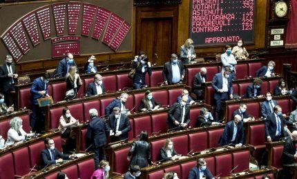Doppia fiducia su riforma giustizia. M5s, 13 assenti alla Camera