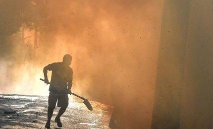 La Sicilia e la Calabria vanno a fuoco, è lotta contro i roghi