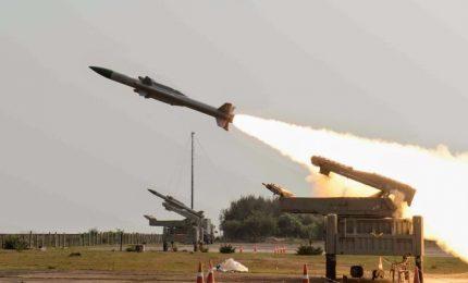 Forze siriane abbattono 22 missili israeliani