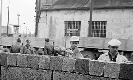 Sessant'anni fa la costruzione del muro di Berlino
