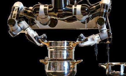 Cucina robotica, un nuovo futuro per il fast food