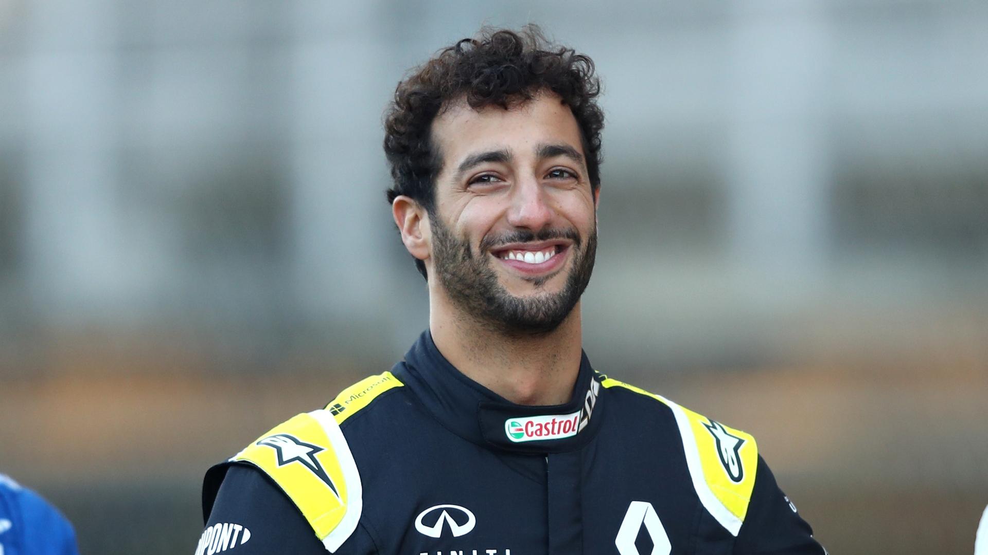 Gp Italia, vince Ricciardo. Fuori Hamilton e Verstappen