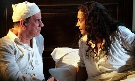 """A Venezia applausi per """"Qui rido io"""" di Martone con Servillo"""
