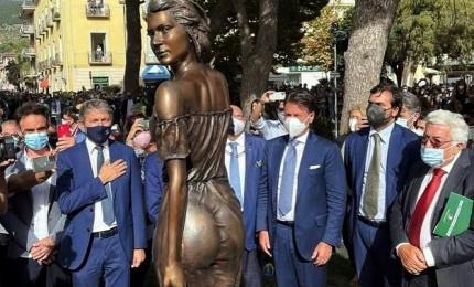 Polemiche sulla nuova statua (formosa) della Spigolatrice di Sapri