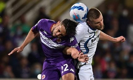 L'Inter sbanca Firenze, scala in testa alla classifica