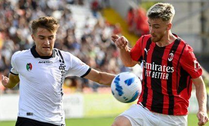 Il Milan batte lo Spezia e torna in testa alla classifica