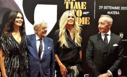 """La prima di """"No time to die"""" a Matera, con Cucinotta e Giannini"""
