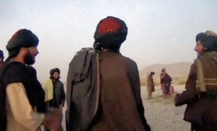 "Afghanistan, le danze ""proibite"" dei talebani al tramonto"