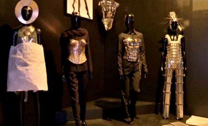 Parigi, in mostra il legame moda-cinema per Jean Paul Gaultier